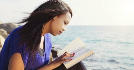 30452-biblememory-bible-readingbible-womanreadinbible-scripture-study-reading-1200w-tn
